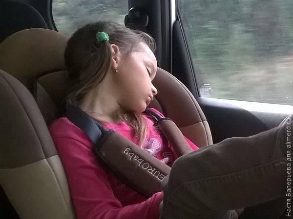 До скольких лет надо укладывать ребенка спать?