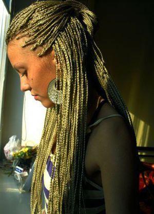 картинки на аву для девочек коричневые волосы