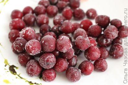 Компот из вишни клубники и груш - рецепт пошаговый с фото