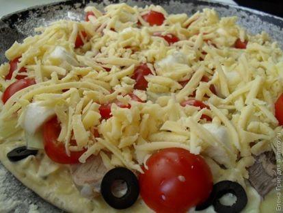 Пицца со свининой и луком - рецепт пошаговый с фото