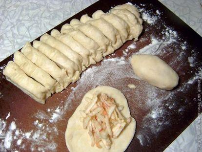 Пирожки с начинкой сладкой
