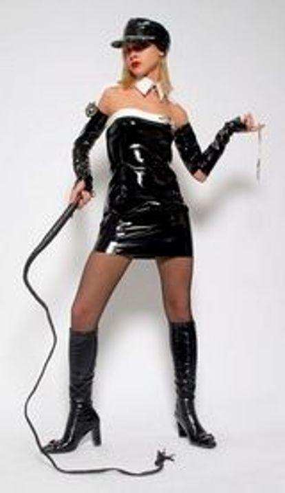 сиськастая садо мазо госпожа в гневе на раба - 1