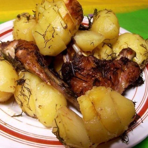 Рецепт запеченной картошки с курицей в духовке в фольге