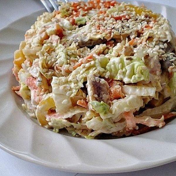Салат с пекинской капустой и грибами рецепт