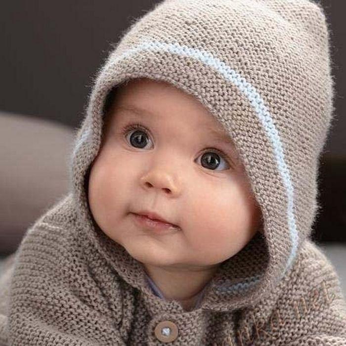 Стильные вязанные платья для новорожденной
