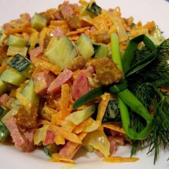 Салат обжорка классический рецепт с ветчиной