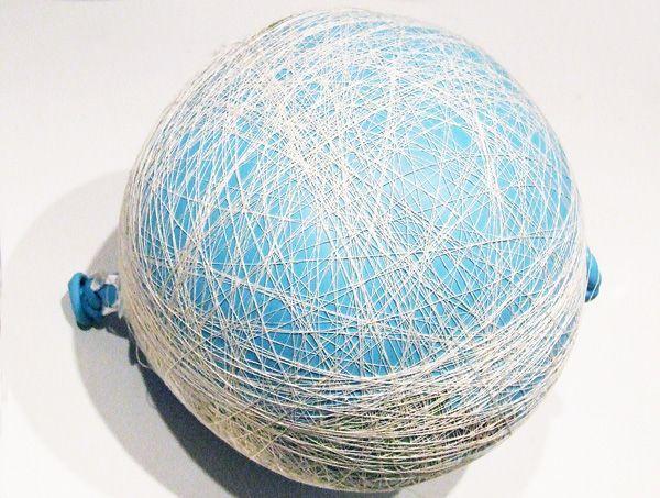 если картинки декоративных шариков из ниток и проволоки устройства, например, маршевые