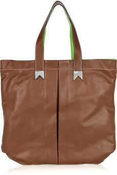 В девяностых годах большой популярностью у женщин стала пользоваться сумка  tote. В чем же причина данного факта  9fe4fcdfd04