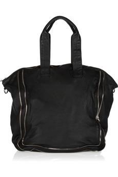 Размер сумки зависит только от личных потребностей, можно выбрать что-то  среднее, а можно остановиться на большом объеме. 0f876bc8c6e