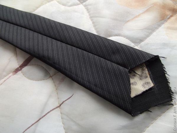 Выворачиваем галстук «на лицо»