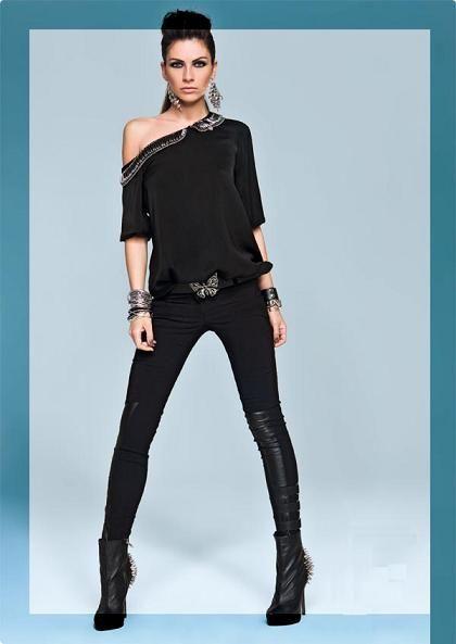 простая модная блузка