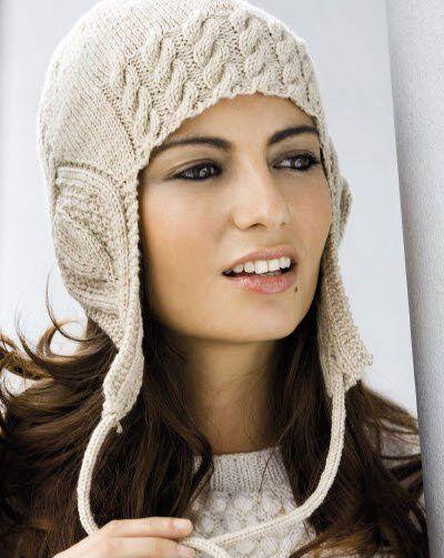 Шапка-ушанка уже несколько сезонов радует нас своим присутствием. Вязаная шапка-ушанка в этом сезоне на пике моды.
