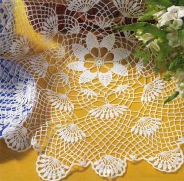 В топике собраны схемы ажурных салфеток крючком, которые можно связать в свободное время и украсить поделками свой дом.