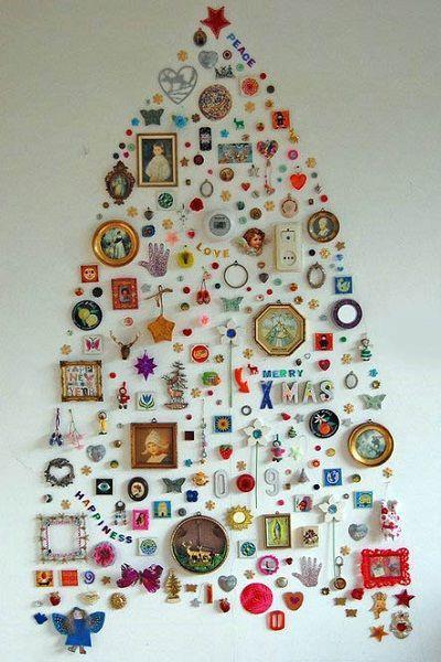 Эта елка из домашней мелочевки никогда не сможет быть воспроизведена в другой семье. Она уникальна, ведь у каждого человека свои запасы мелких вещей.