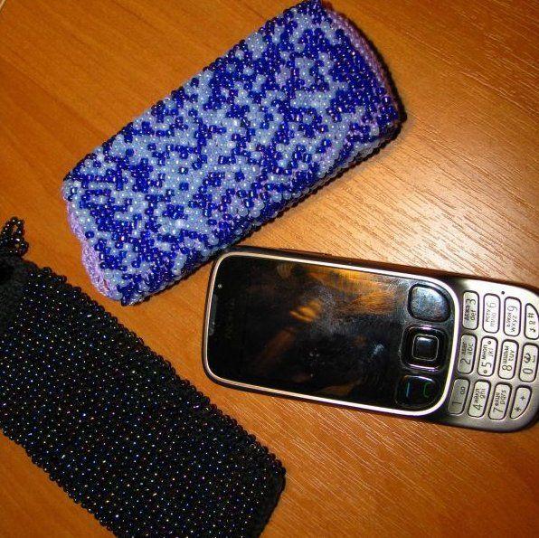 Чехол для телефона из бисера.