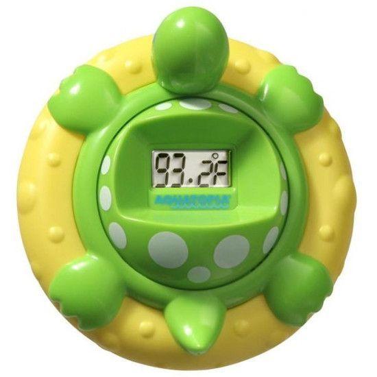 Термометр для воды. Незаменимая вещь для тех, кто тщательно следит за температурой воды во время купания малыша.