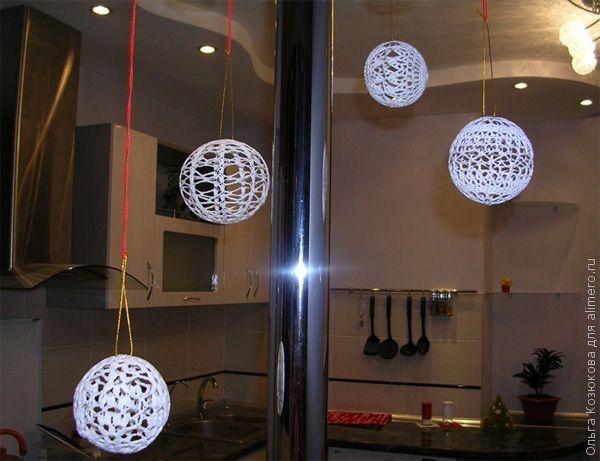 Елочные шары, вязаные крючком