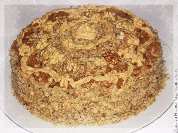 торт медовый с орехами