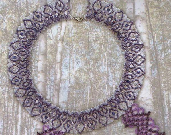 Это замечательное украшение на шею носит название Кострома, в честь одноимённого города, передавая традиции и культуру его жителей.