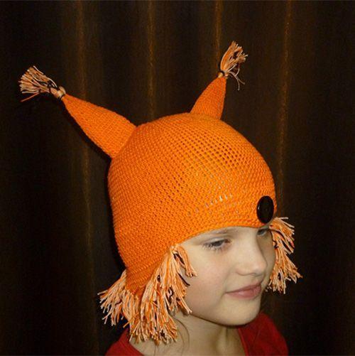 В такой шапке ваш ребёнок точно не останется незамеченным! Она подойдёт не только для прогулок в демисезон, но и для роли лисы на утреннике в детском саду.