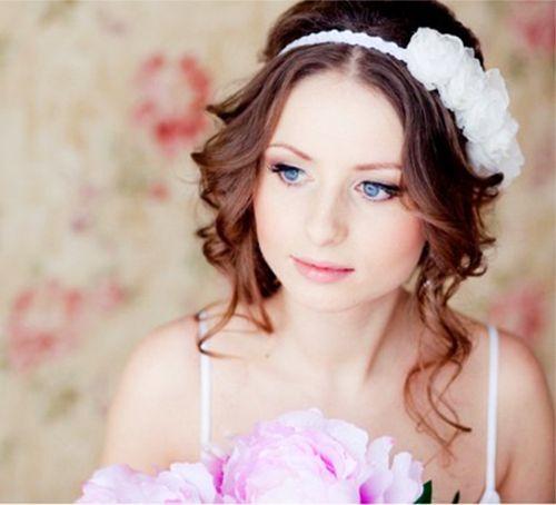 Прически на средние волосы для невесты