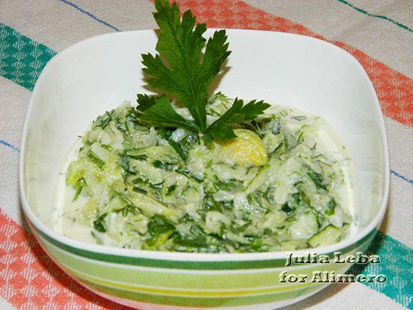 """Салат """"Зелёный"""" с брюссельской капустой"""