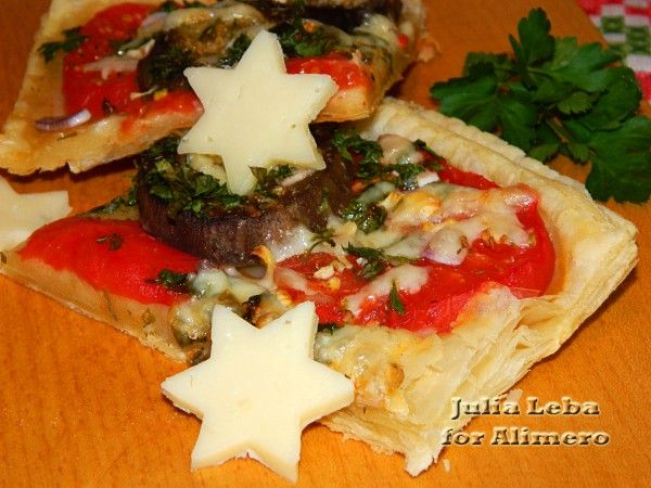 Быстрая пицца с баклажанами