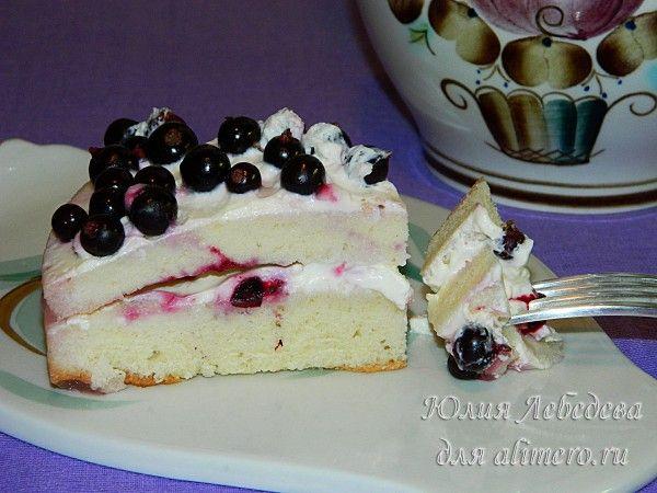 рецепт бисквитного торта со смородиновым вареньем и сметанным кремом