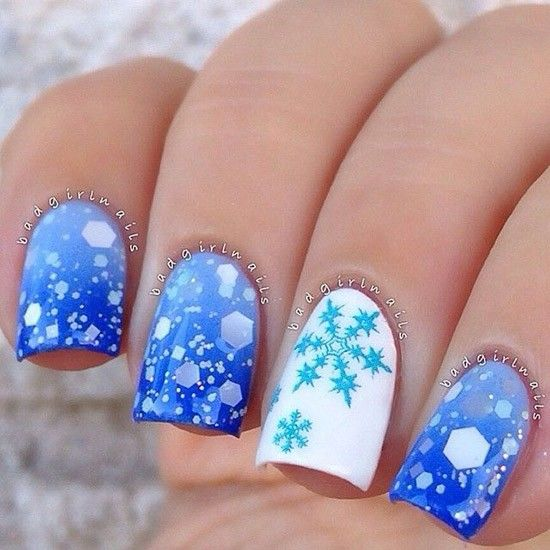 Новогодний маникюр со снежинками — идеи