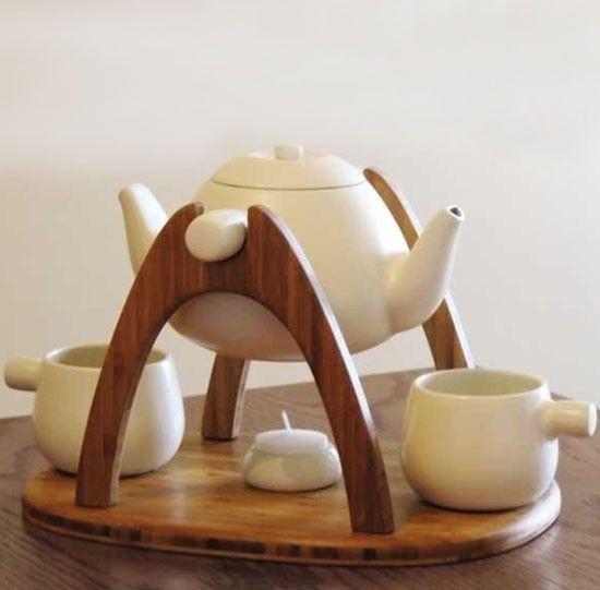 Подарки для влюбленных — чайный набор с подставкой