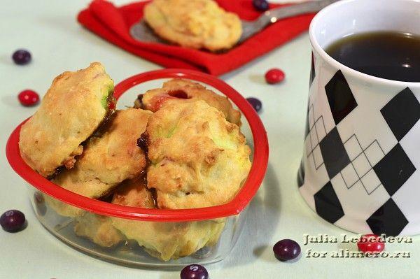 Печенье на йогурте с цветным драже
