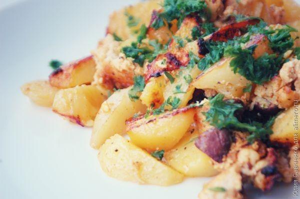 Запеченный картофель с фаршем в духовке рецепт
