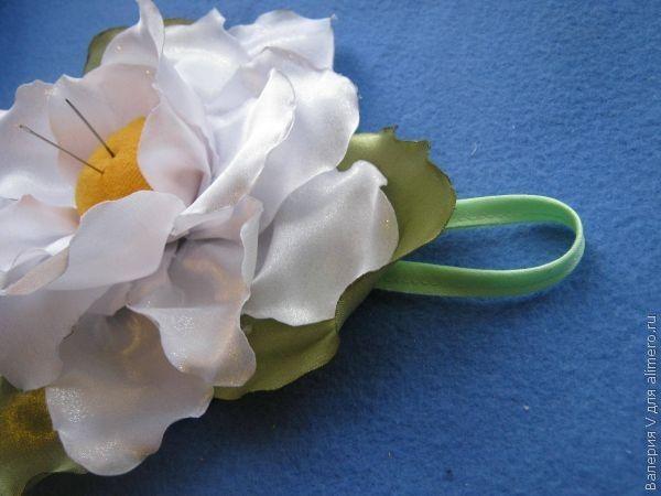 Цветок из тесьмы своими руками