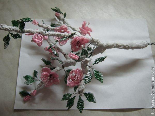 Мастер-класс: Цветущее дерево из бисера.