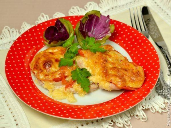 мясо с помидорами и сыром в духовке фото рецепт #4