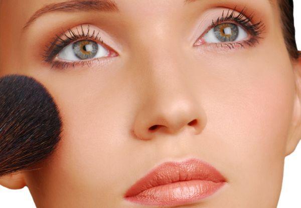 Красивый естественный макияж