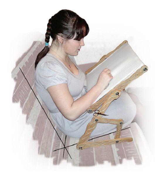 В продаже можно найти диванные станки для вышивки. Конечно, они очень удобны, но для них также требуется свободное место.