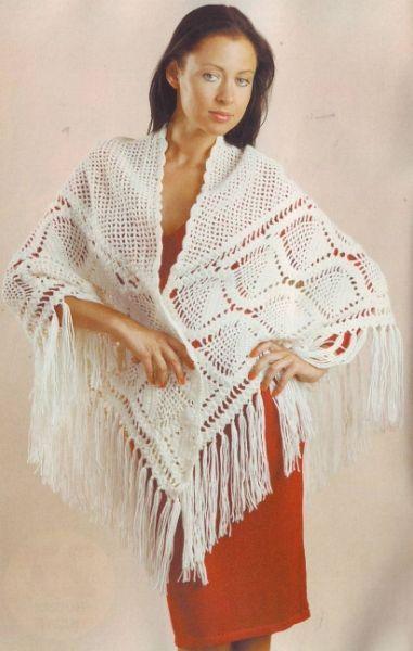 Не сложная в вязании, но очень красивая шаль. Ее можно вязать из более толстых ниток, например, из чистой шерсти, тогда она получится теплой.