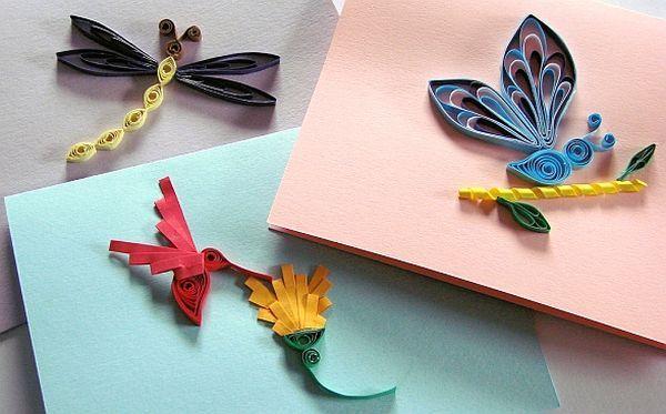 Данные схемы помогут сделать простые маленькие  открытки с насекомыми. Здесь используются завитки не только разного размера, но и понадобится бумага нескольких цветов.