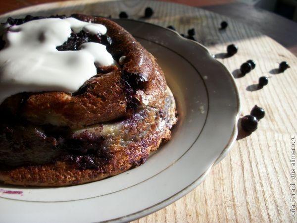 Клафути - французский десерт с ягодами