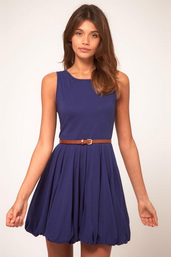 Юбки фонариком уже не столь актуальны. Монохромные платья будут достаточно популярны в следующем году, но этот оттенок не совсем летний.