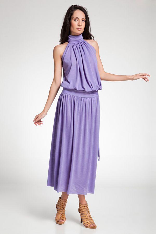 Трикотаж всегда актуален летом. Данная модель платья прекрасно скроет недостатки фигуры, но вот цвет следует выбрать более яркий.