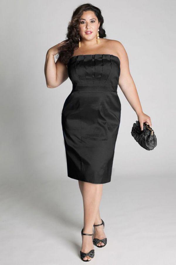Если руки позволяют одеть такого фасона платье, то оно будет смотреться потрясающе. Лаконичное и элегантное, оно поможет своей хозяйке стать королевой праздника.