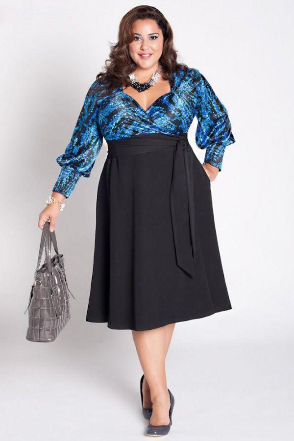 Разве можно про эту красотку сказать, что у нее проблемы с фигурой? Прекрасное платье с завышенной талией - самый подходящий вариант для пышек, красивое декольте открывает грудь, удачно подобран цвет верхней части платья.