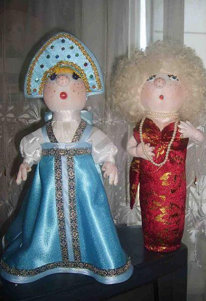 Этим фото я хочу показать, что на любой праздник можно сделать соответствующих персонажей. Например, Деда Мороза и Снегурочку.