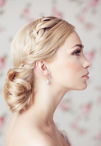 Свадебные причёски в греческом стиле / О свадьбе