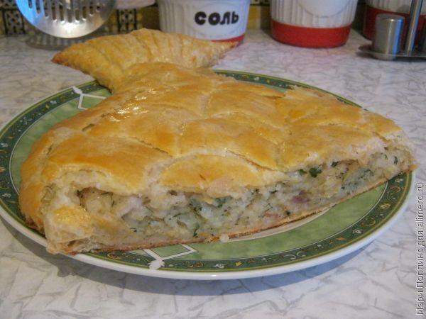 пирог из слоеного теста с минтаем рецепт с фото