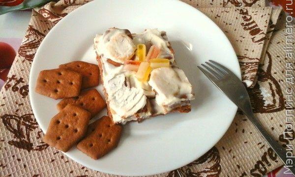Торт без выпечки с бананами и мармеладом