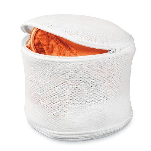 Еще один вариант контейнера, который подойдет не только для бюстгальтеров (без косточек), но и для деликатной стирки другого белья, колгот, чулок и т.д.