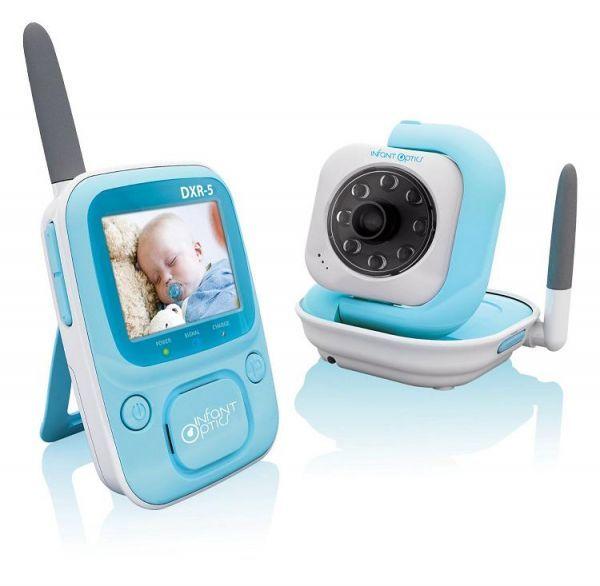 Буквально в течение нескольких лет на смену шипящим радионяням пришли видеоустройства, которые не только передают цветное изображение и звук высокого качества, но могут еще и успокоить ребенка мелодиями из встроенного мп3-плеера.